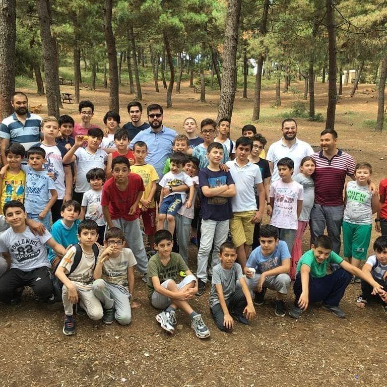 Halilurrahman Erkek Kuran Kursu öğrencilerimiz ile birlikte piknik etkinliğimizden...